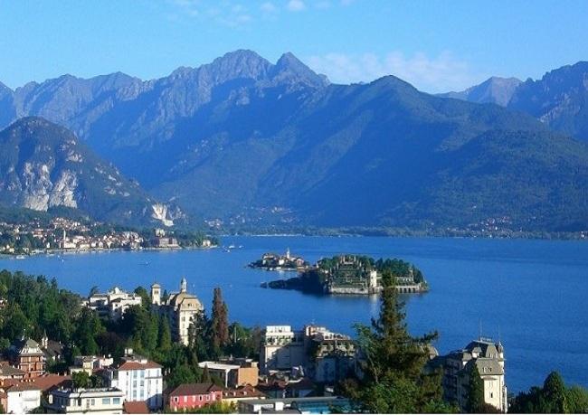 Достопримечательности Италии: Cтреза, озеро Маджоре