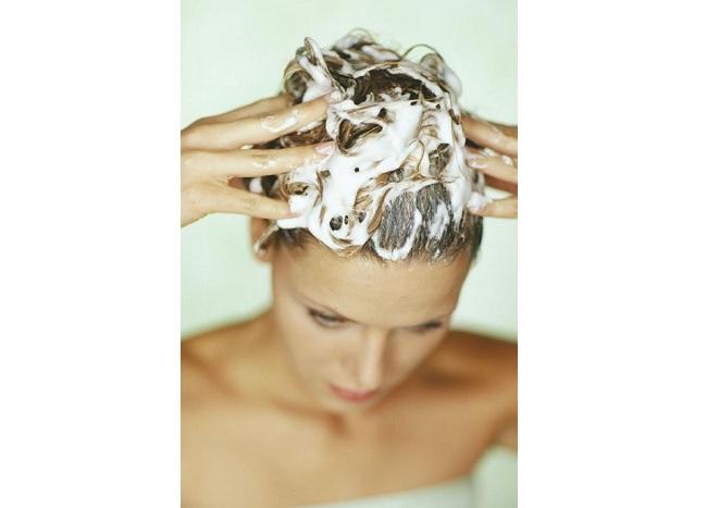 Мытье волос: Гигиенический уход за волосами