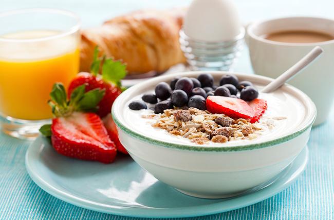 Как приучить себя хорошо завтракать?